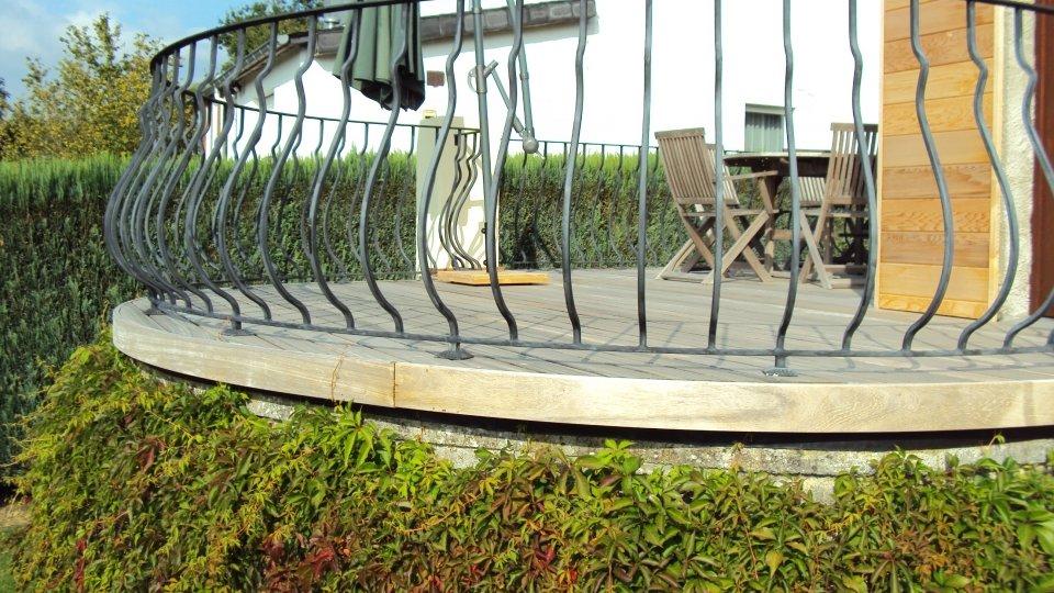 Terrasse et escalier à fixation invisible Softline