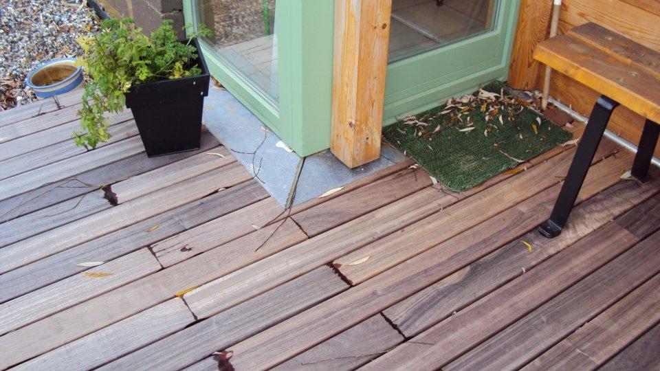 photos terrasse en bois fixation invisible padouk ambiance bois fourniture et pose de. Black Bedroom Furniture Sets. Home Design Ideas