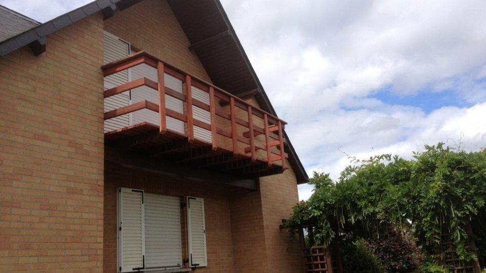 Balcon à fixation invisible Softline