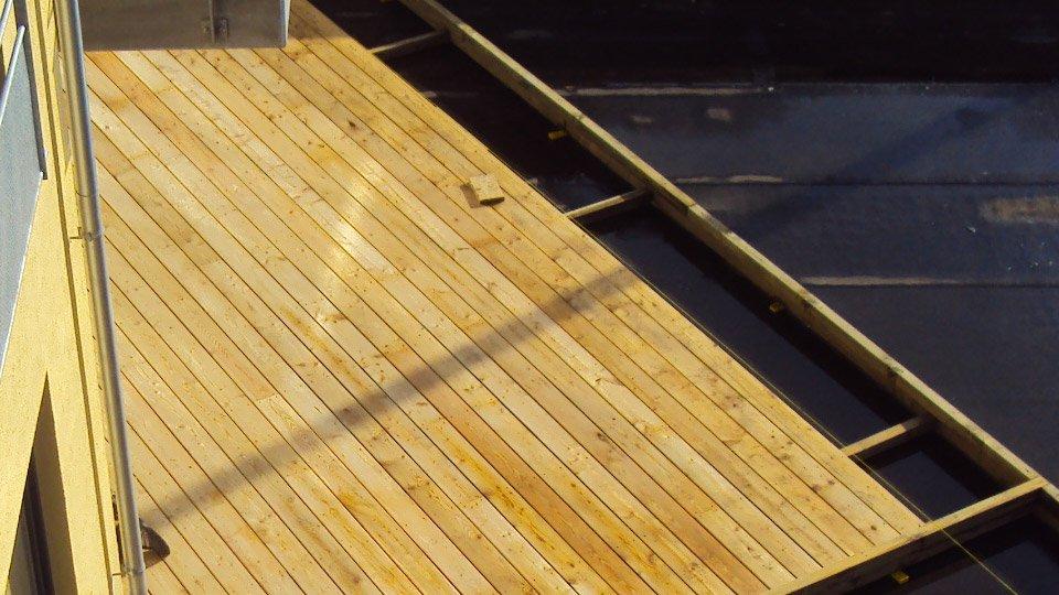 Balcon à fixation visible