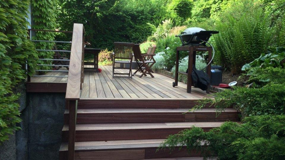 Photos terrasse en bois fixation invisible padouk - Terrasse bois padouk ...